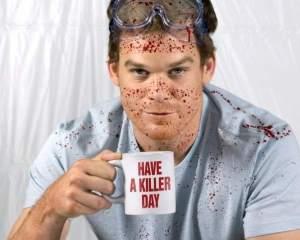 Dexter, el forense asesino en sus ratos libres