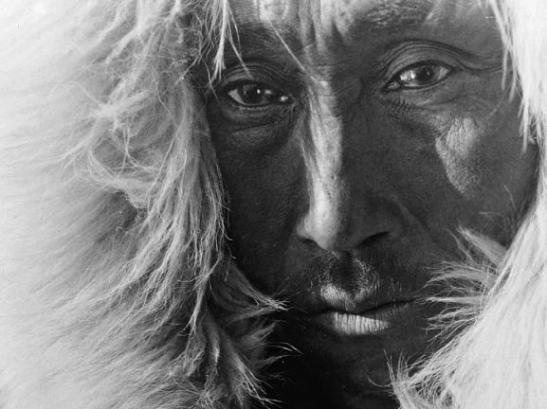 """""""De la Groenlandia al Pacífico"""", un retrato de los inuit"""