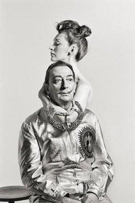 Enrique Meneses. Dalí posa para Vogue. Sesión de Richard Avedon, 1964. © Fundación Enrique Meneses, VEGAP, Madrid, 2015.