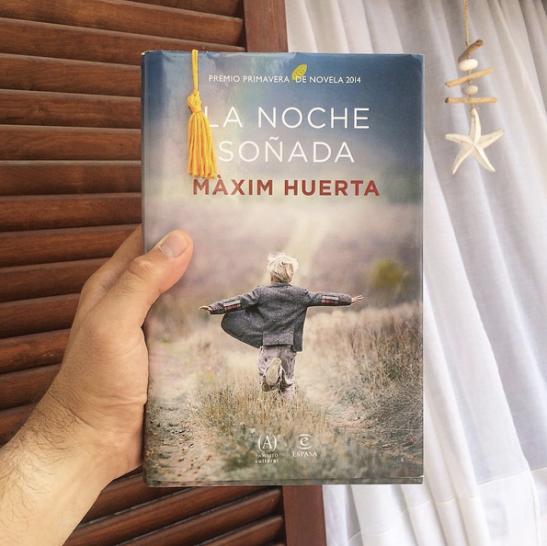 Libro La noche sonada. / Instagram @maximhuerta